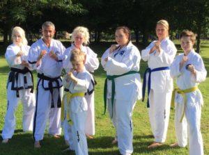 Deelnemers en trainers voor het wereldkampioenschap Taekwon-Do 2017